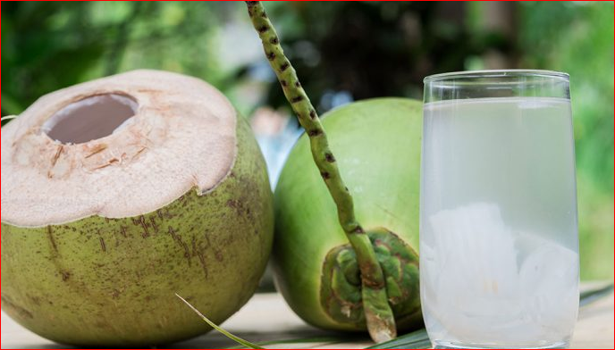 Coconut Water:Benefits, Side Effect and Effect of Washing your Head with it